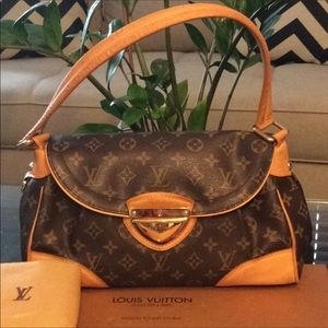 Authentic LV Beverly